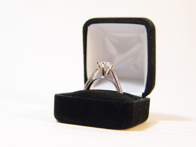 diamond wedding ring box