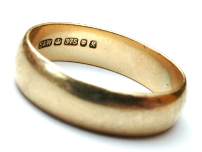 man wedding ring engraving